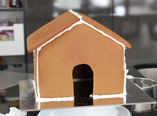 Gingerbread house-8