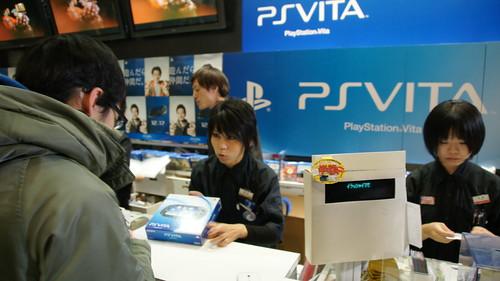 Lançamento do PS Vita no Japão