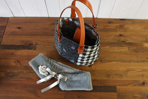 tweed bag_with fur