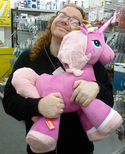 chris heilmann holding a pink unicorn telling it my wishes