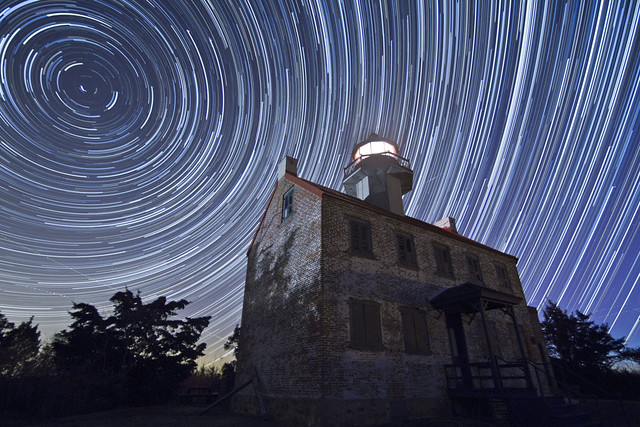 6641785905 8a66b11139 z 17 Awesome Star Trail Images