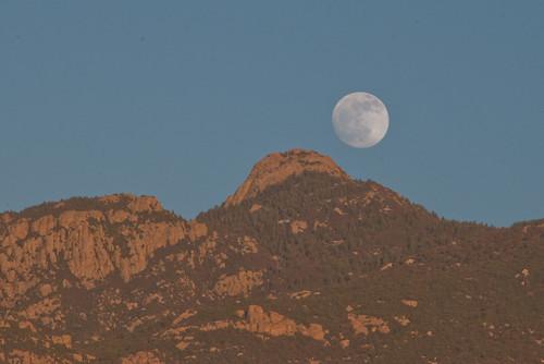 Rincon Moonrise
