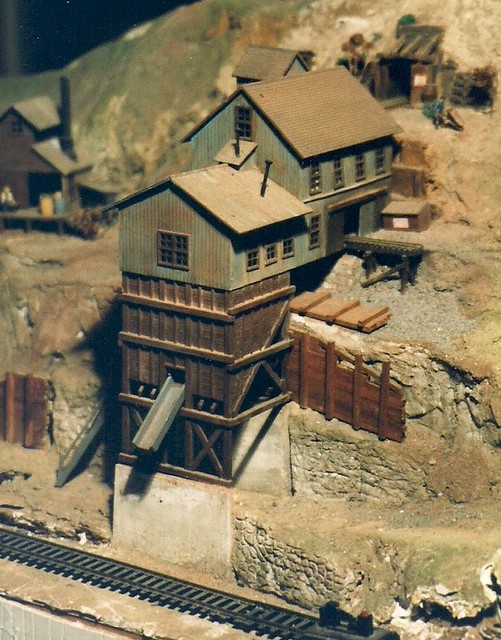 Ho model kit bashed train scenes coal mine bob ii 1978 for Hillside elevator kit