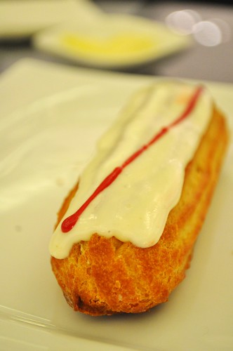 eclair whole
