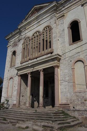 Burhaniye day 2 (Ayvalik): entrance to church