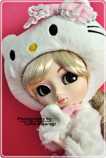 Naele - Pullip Hello Kitty