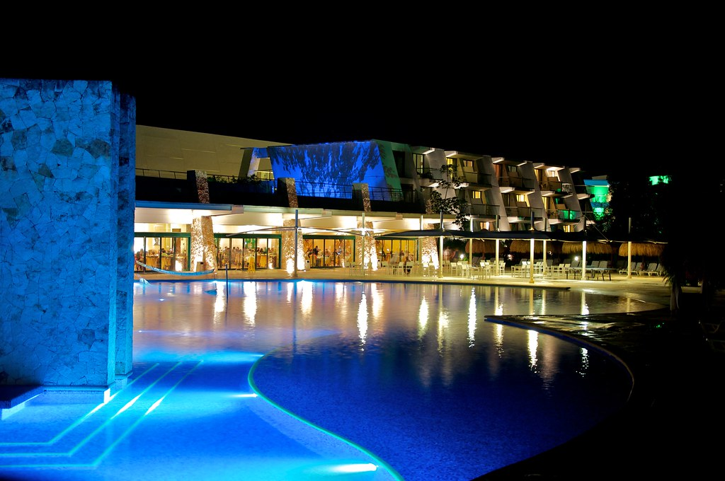 MEXICO - Pool at Night