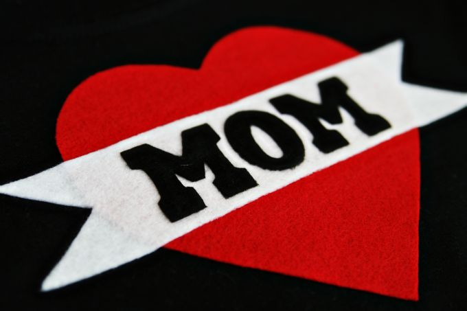 Mom Tattoo Shirt DIY