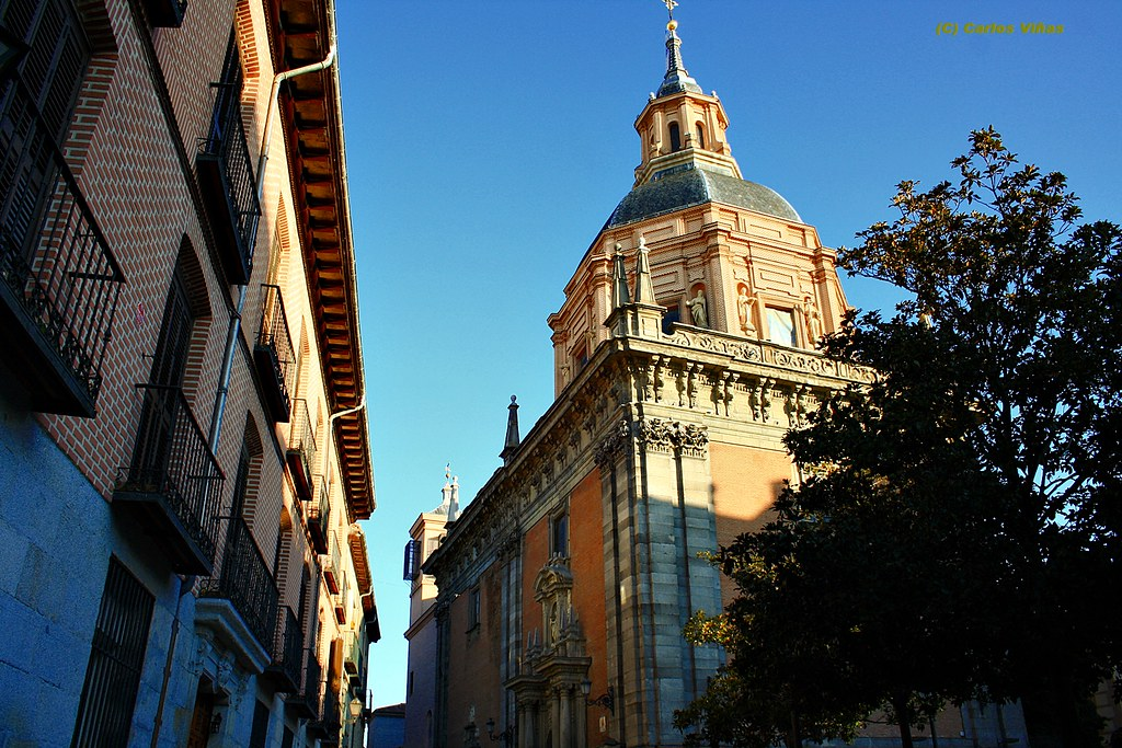 Capilla San Isidro e iglesia San Andrés desde Plaza de los Carros. Madrid - Carlos Viñas-Valle
