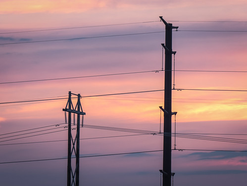 sunset minnesota unitedstates powerlines powerline pylons duluth midwaytownship