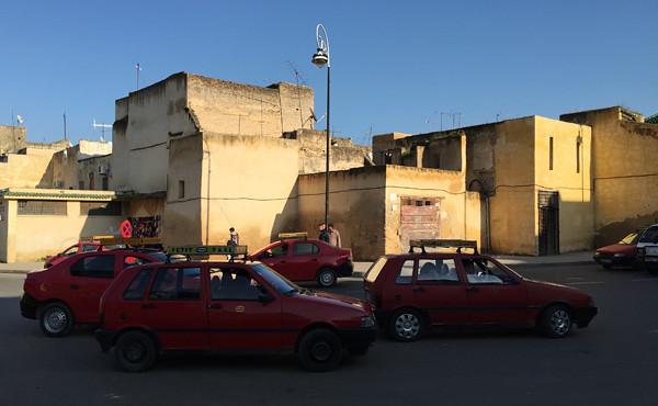 モロッコ2015:タクシー利用には気力と強い意志が必要(旅の技術編風・その1)