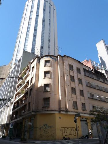 Apartments, cnr Rua Doutor Teodoro Baíma & Rua Epitácio Pessoa, São Paulo