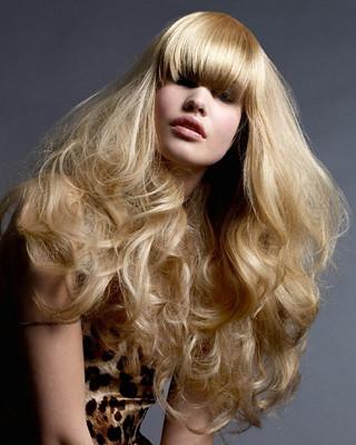 Những kiểu tóc dài đẹp, tiêu biểu, năm 2012,