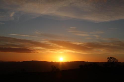 morning sun wales sunrise canon d l 24 montgomery 40 105 mid f4 powys