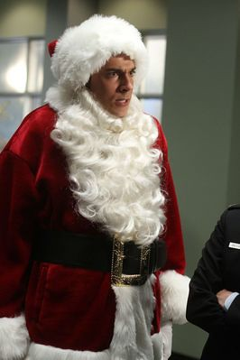 Recap/review of Chuck 5x07 'Chuck versus the Santa Suit' by freshfromthe.com