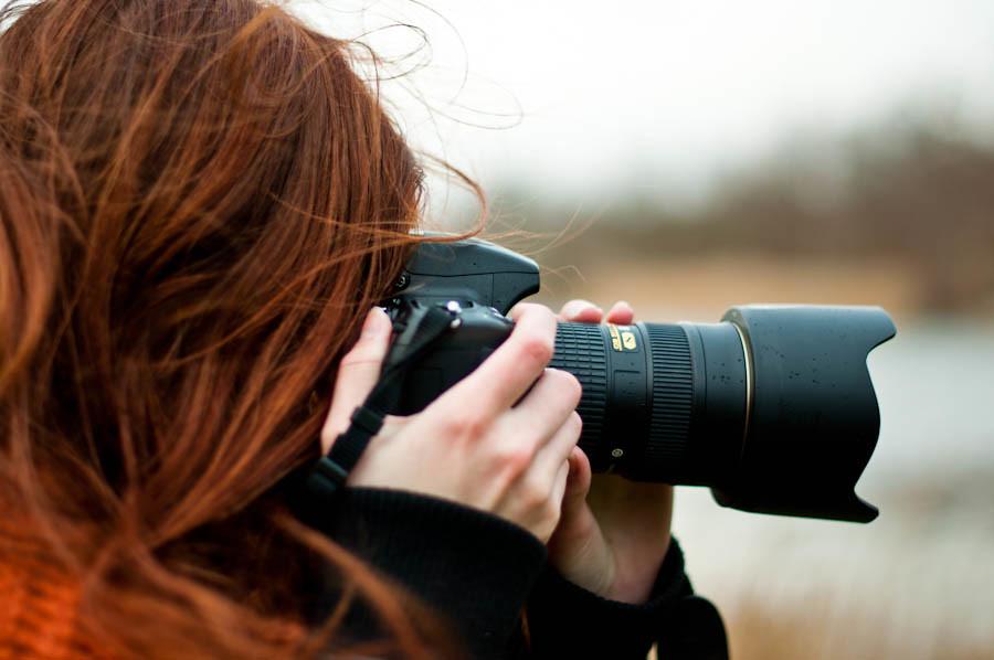Elina taking photo 2/3