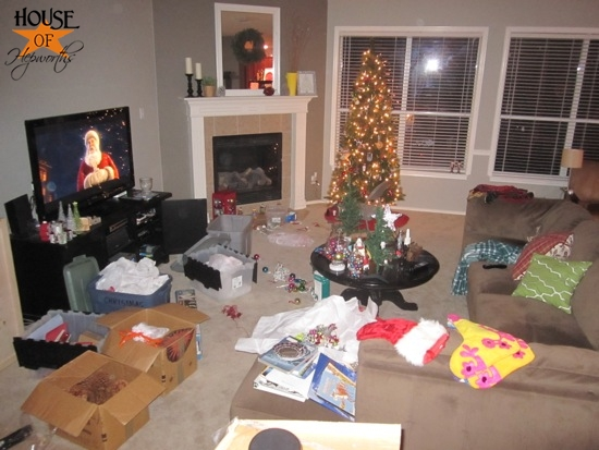 living_room_christmas_disaster1