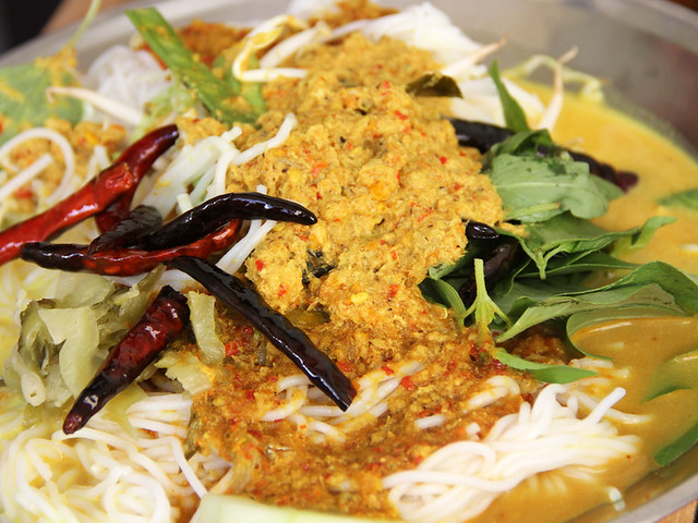 6543943041 364c276301 z 51 Explicit Thai Food Pictures that Will Make Your Mouth Water