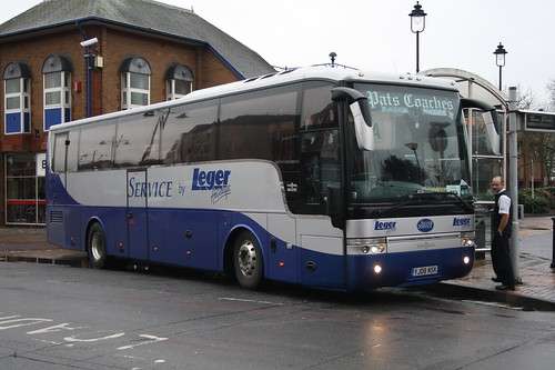 YJ08NSK Pats Coaches/Leger Holidays