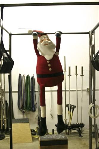 Santa Pull-ups