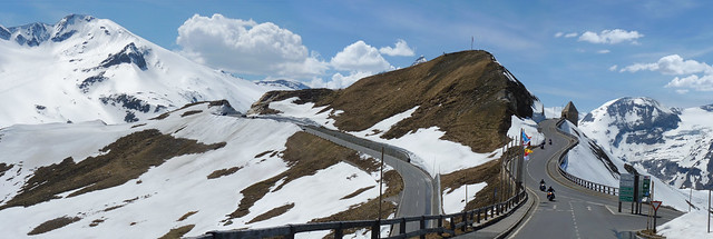 The Fuscher Törl mountain pass at the High Alpine road
