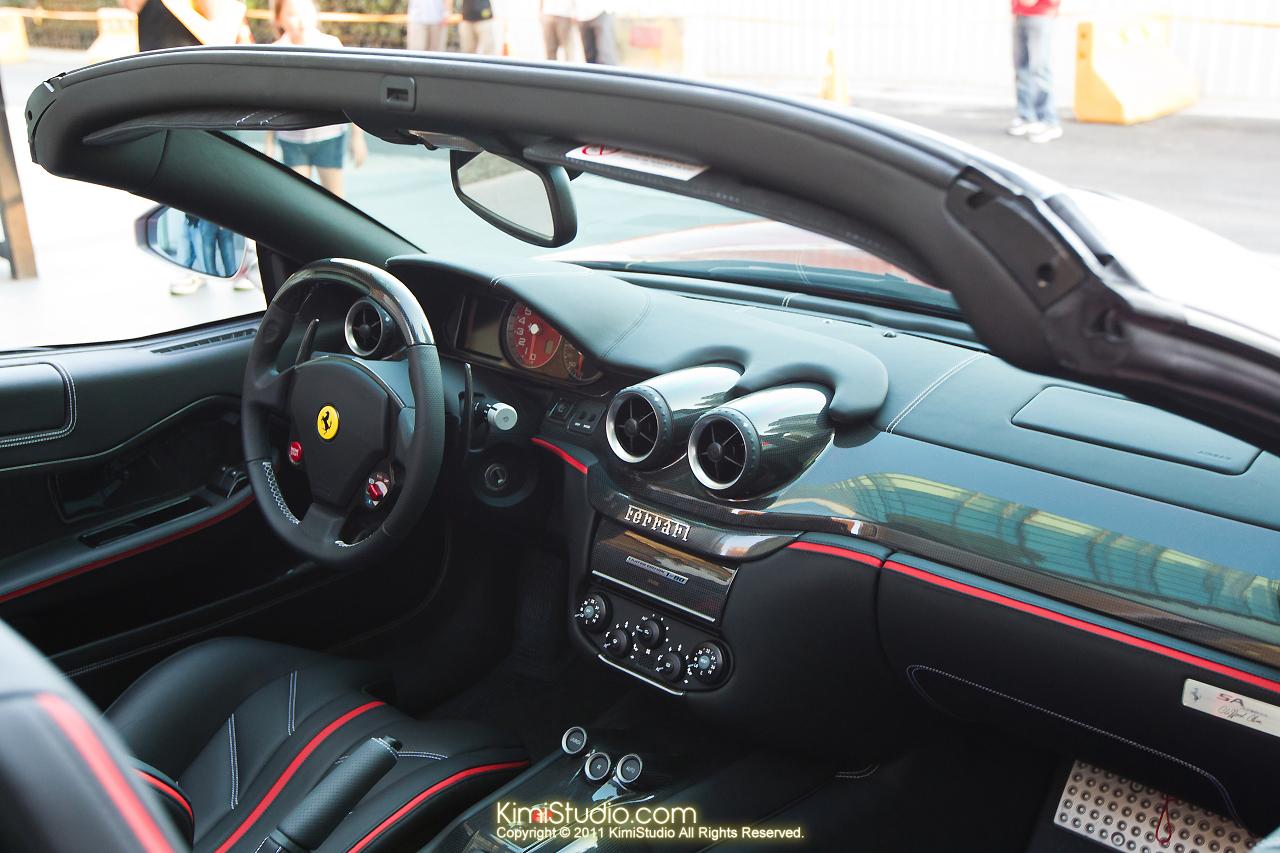 2011.10.28 Ferrari-036