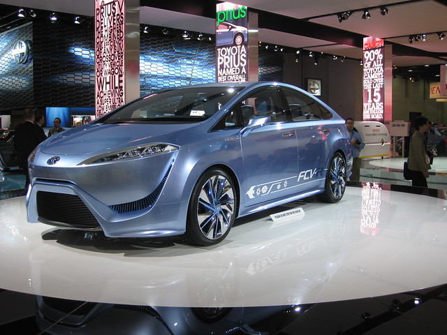 Toyota FCV-R at NAIAS 2012