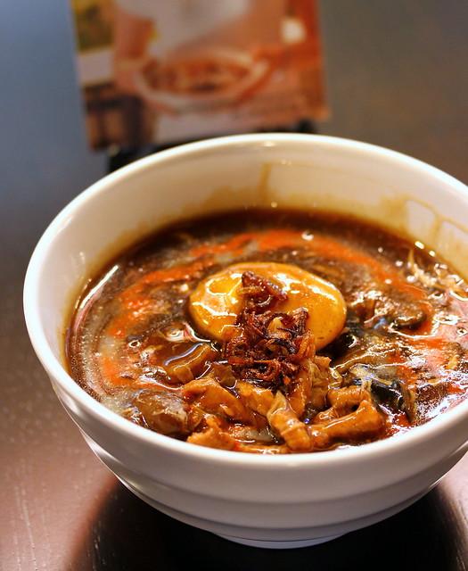 Malaysian Food Street: Penang Hai Beng Hainan Lor Mee