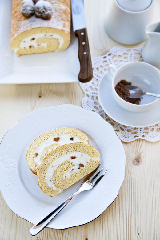 Rotolo al cioccolato bianco e marron glacé