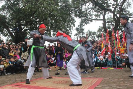 6794337795 4de08624ee Lễ hội Chạy lợn ở Hà Nội Nóng bừng 3 phút mổ lợn khao quân