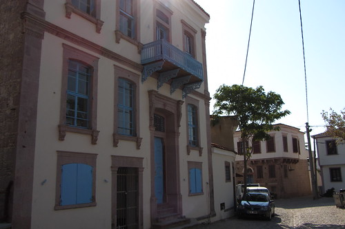 Burhaniye day 2 (Ayvalik): old house with blue accents (2=