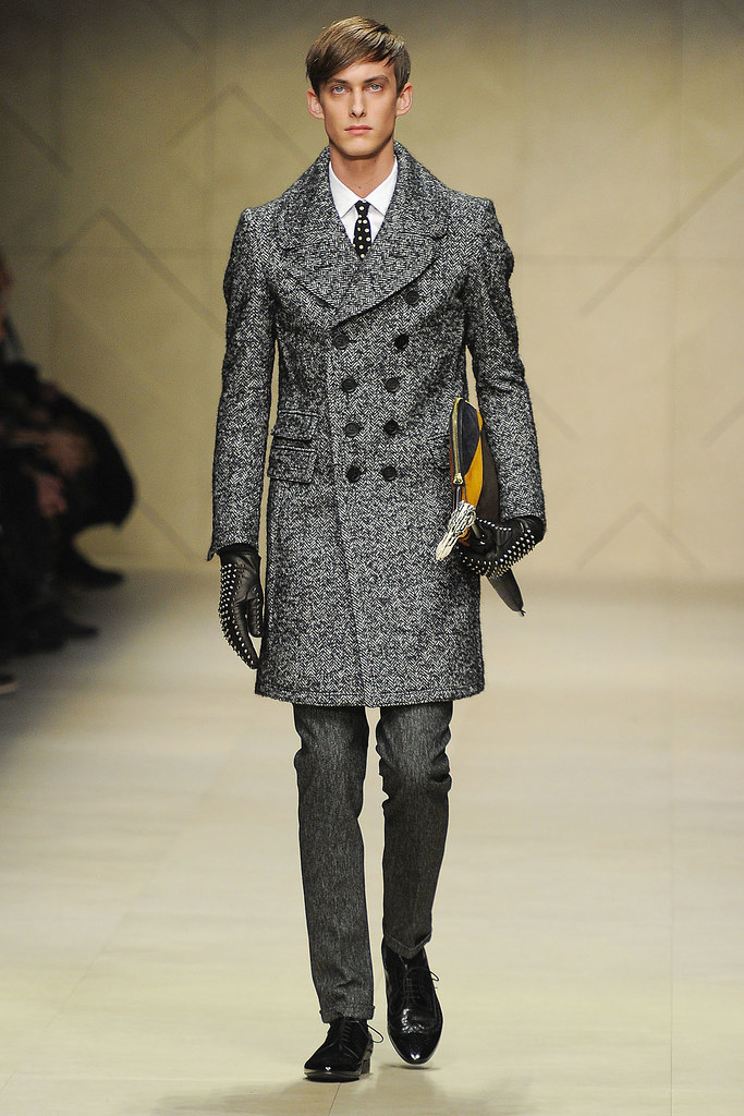 Elias Cafmeyer3043_FW12 Milan Burberry Prorsum(VOGUE)