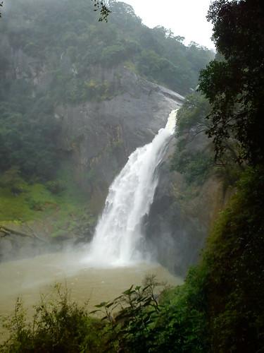 waterfalls srilanka badulla dunhinda