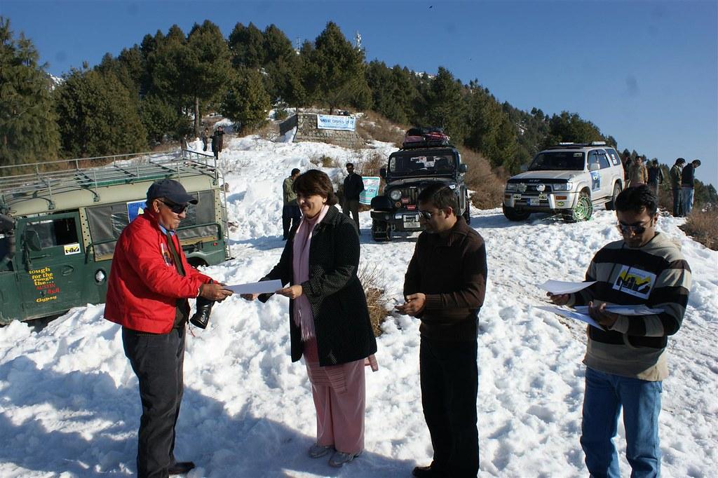 Muzaffarabad Jeep Club Snow Cross 2012 - 6830728557 ed521c376a b
