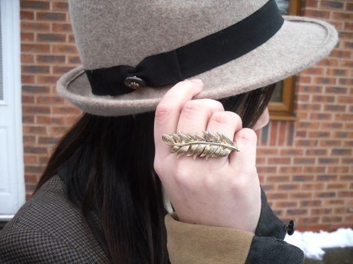 hailey hat ring