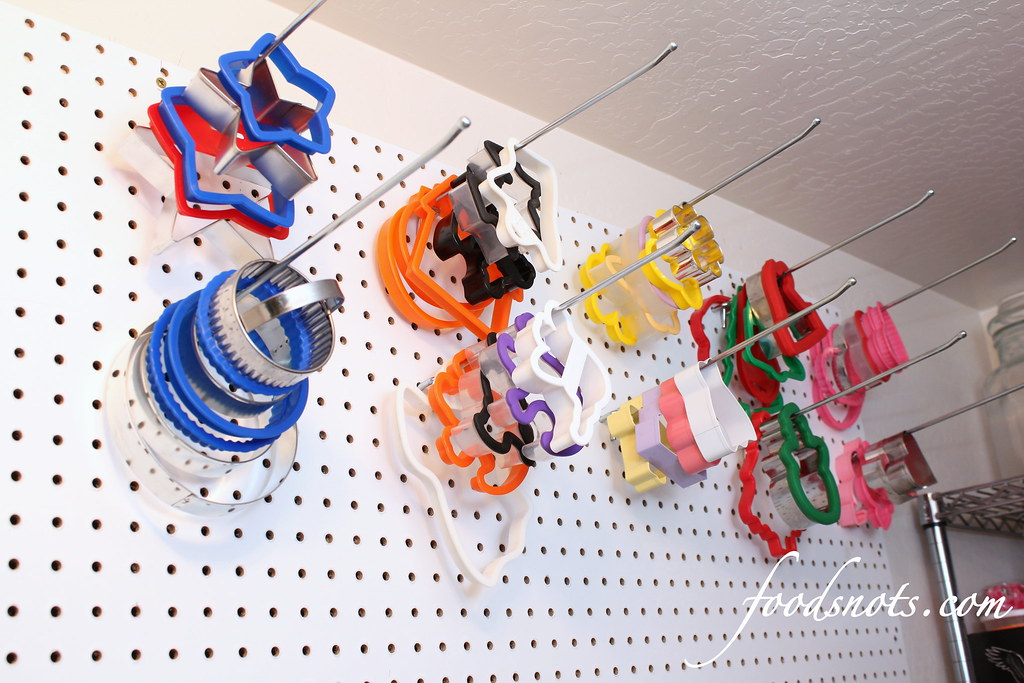 Organized Cookie Cutter Storage