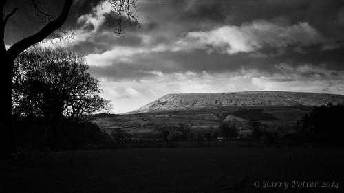 landscape blackwhite nikon sigma pendlehill barrypotter yabbadabbadoo nikond90 sigma1770mm28 barrypotternet barrypotteredenmedia