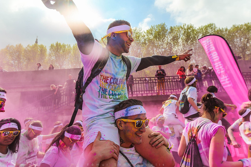 THE COLOR RUN9H3B8306