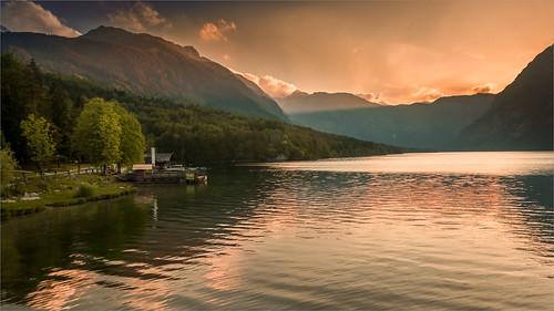 sunset lake si slovenia bohinj radovljica starafužina