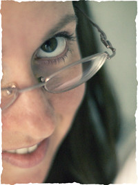 face-torn edges-sidebar