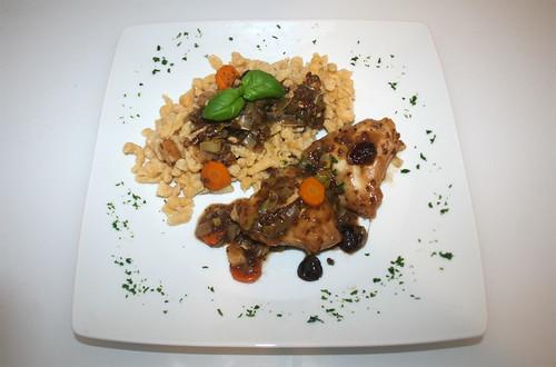 40 - Hähnchen-Sauerbraten / Marinated chicken breast - Serviert