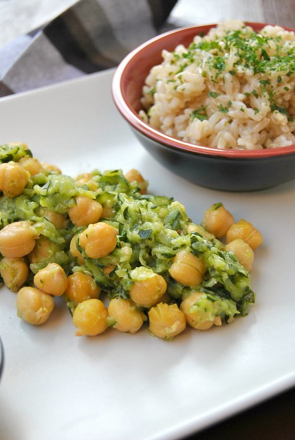 Zucchini and Chickpeas Sauté