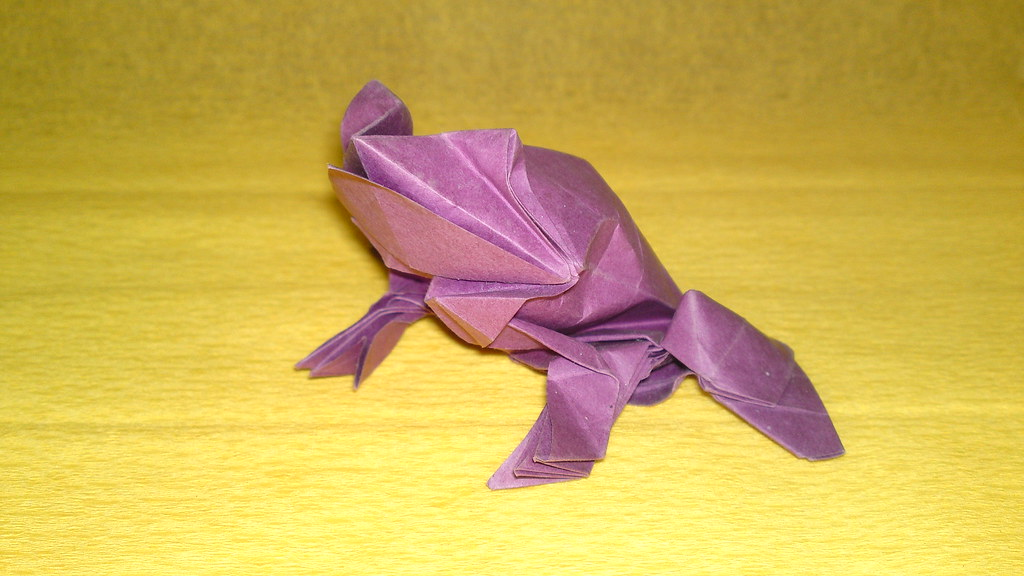 ORIGAMI FROG (Traditional model) - YouTube | 576x1024