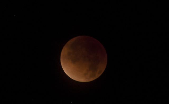 2011-12-10-eclipse 052