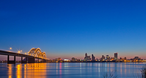 memphis morning skyline