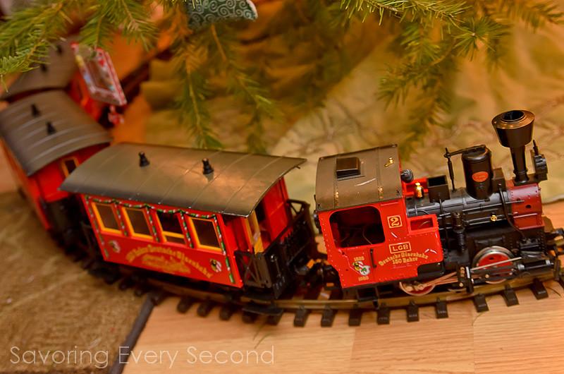 Christmastastic-018-Edit.jpg