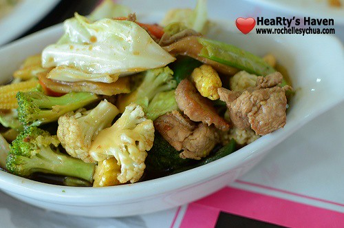 muang thai vegetables with pork