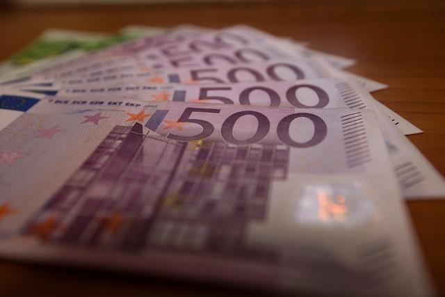 Finanzen-EZB-Euro