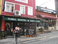 2011-06-istanbul-004-hostel nobel