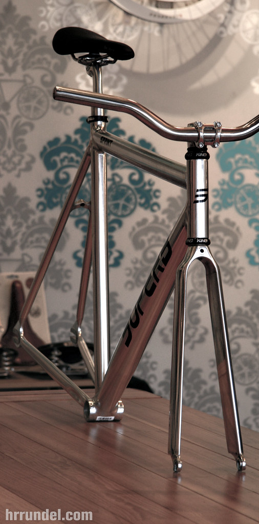 sick aluminum track frame from superb hrrundel design